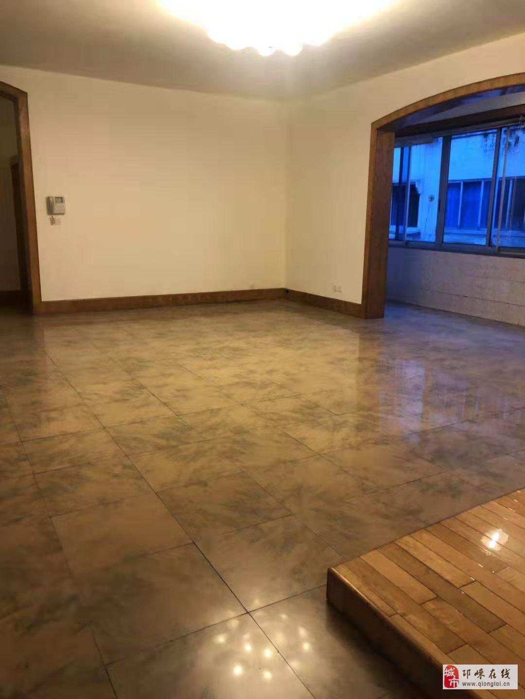 财政局宿舍3室2厅2卫69.8万元