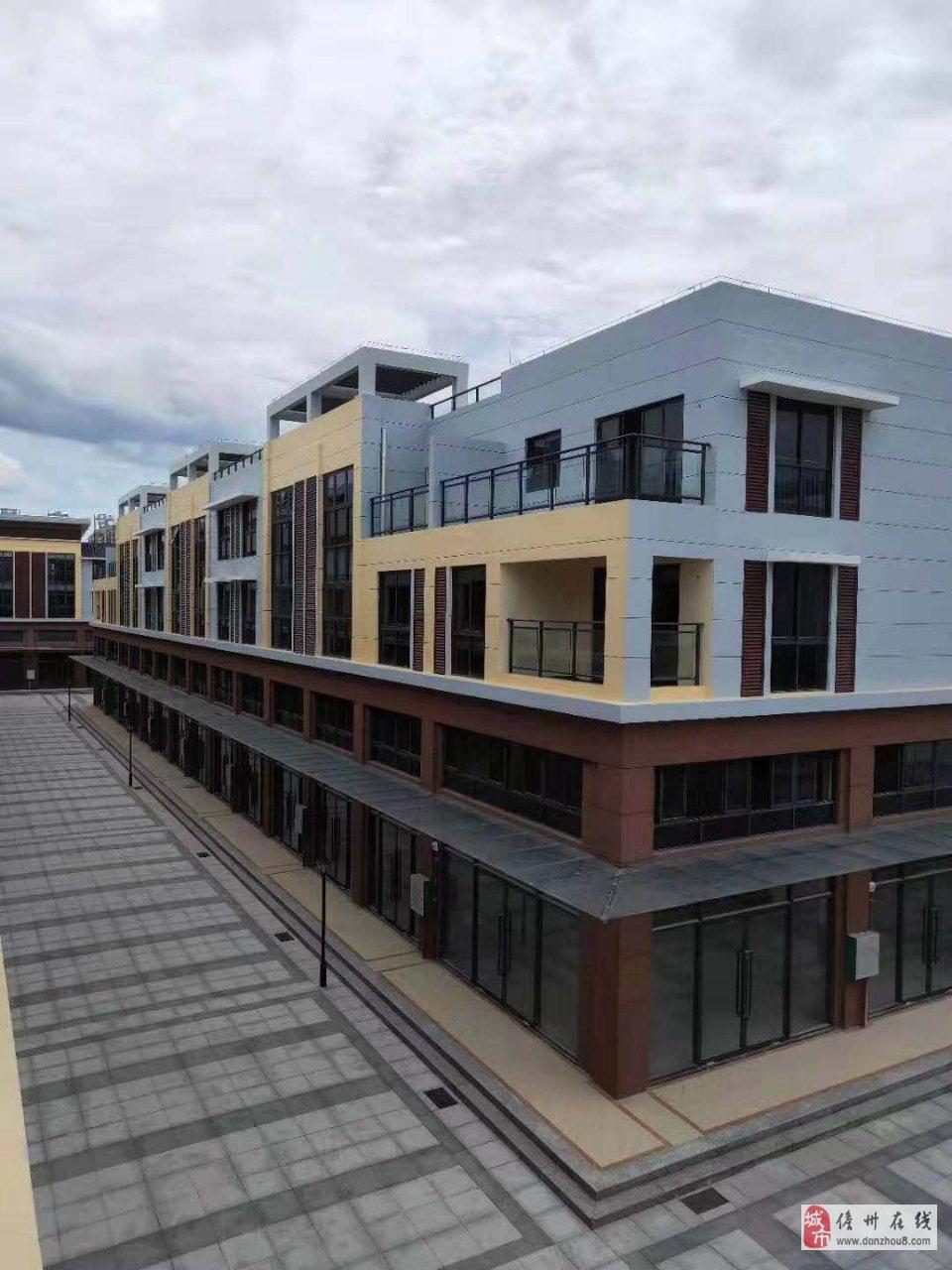 一楼可以做生意,二三楼3个房住人,不限购哦