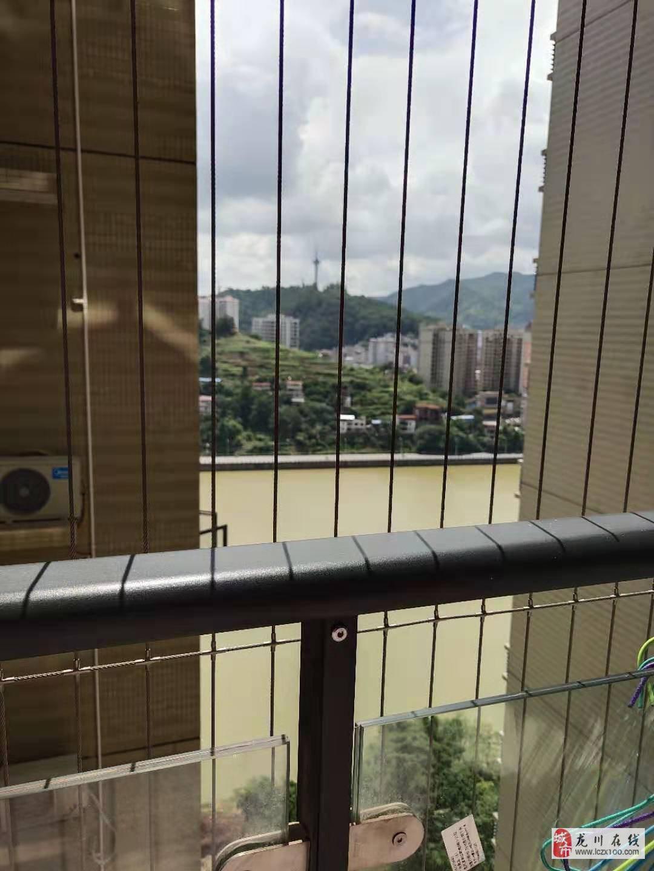 家和江畔湾江景电梯高层精装3房售85万