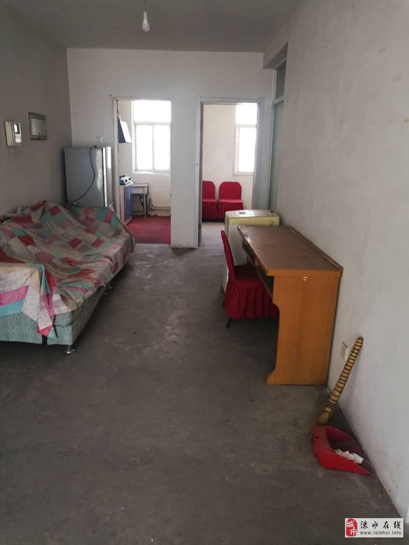 嘉興園小區3室2廳2衛87萬元