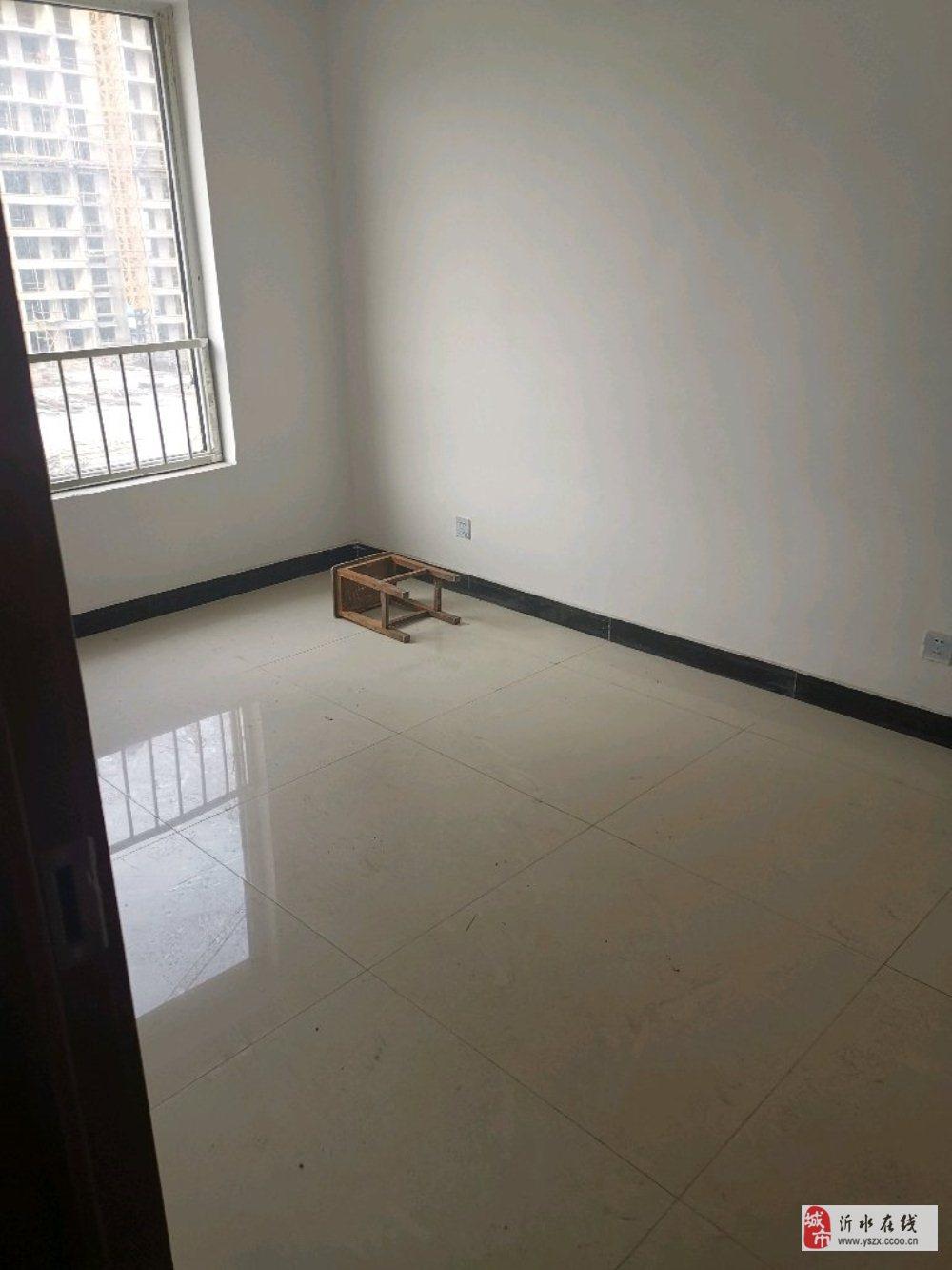 ☆清华园4楼带车位储藏室2室1厅简装56万元