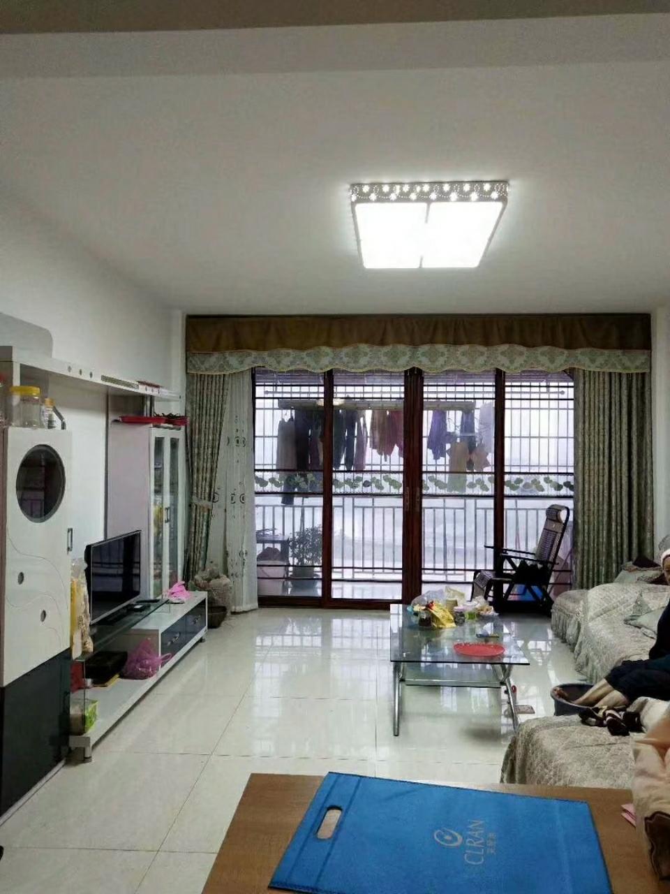 水印丹堤3室2廳2衛69.8萬元