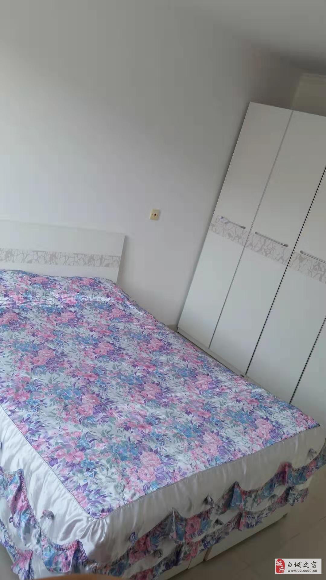 吉鹤苑2室1厅1卫45.5万元
