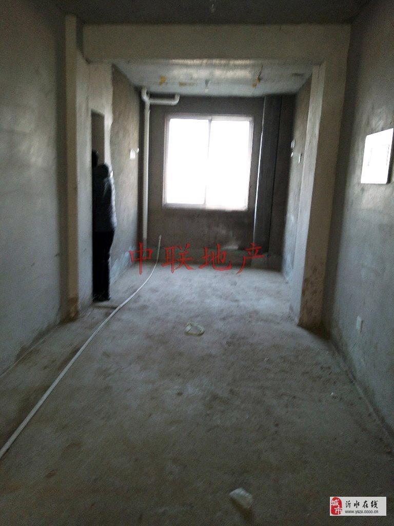 小匡庄3室2厅1卫38万元带车库