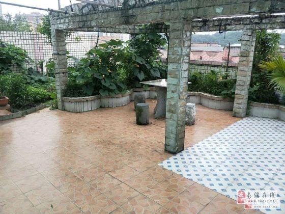 长江大道豪装大面积四房带楼顶大花园急售急售