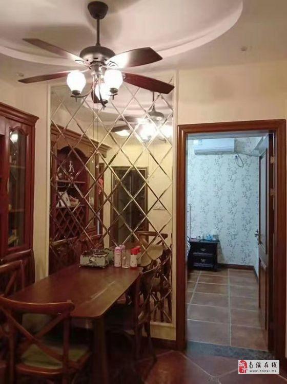學區房,精裝兩室,小區綠化好,房屋通透采光無死角