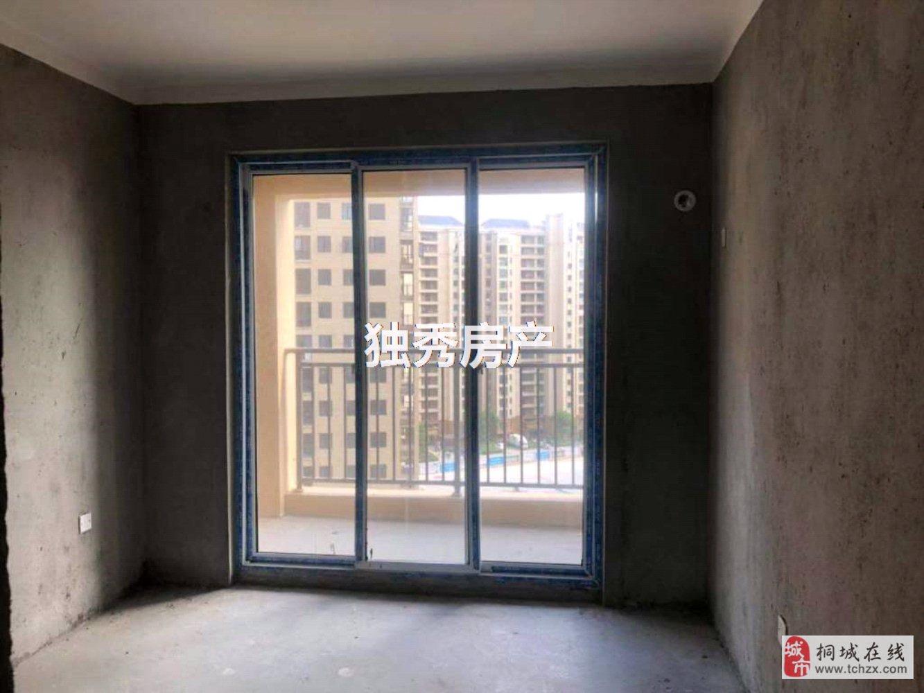 出售上和家园毛坯房边户3室2厅2卫69万元