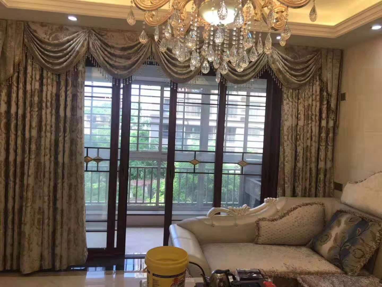 金沙水岸3室2厅2卫102万元