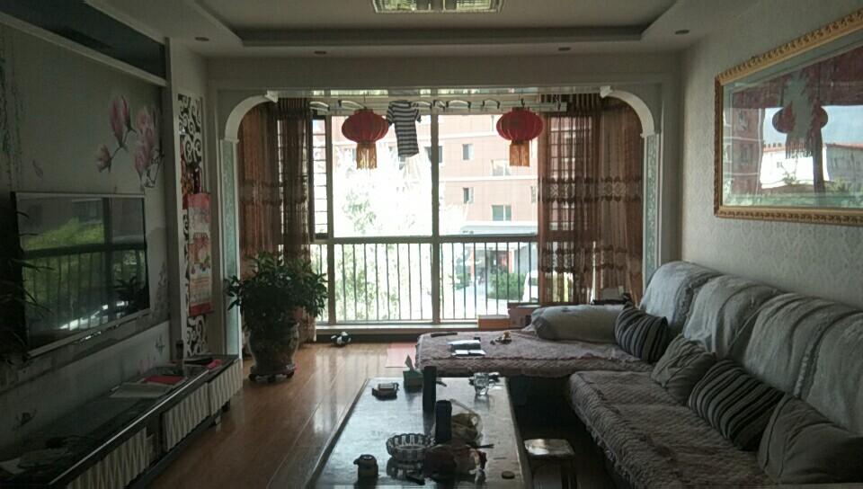 中天清怡園118平3室2廳1衛56萬元