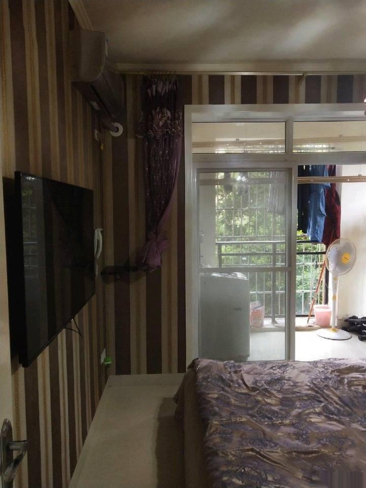印象南溪,家具家电齐全,证满两年