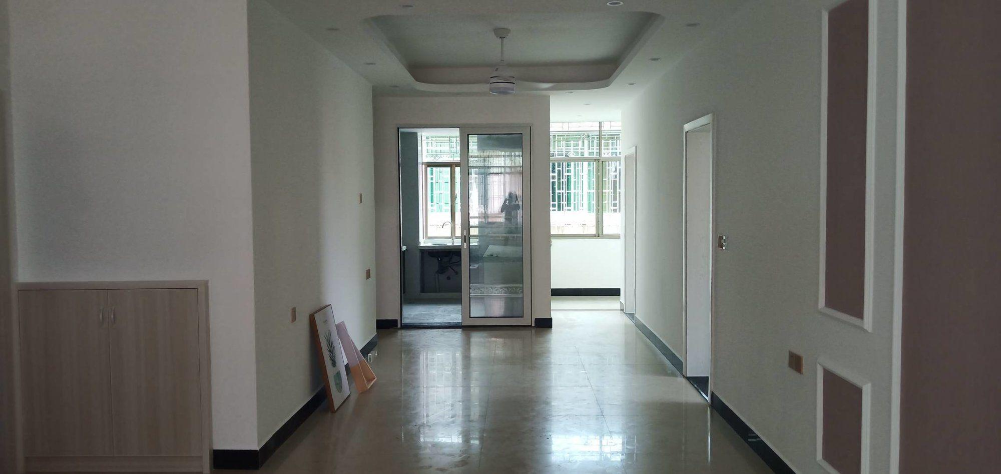 三中附近四房二廳精裝修黃金樓層出售88.8萬