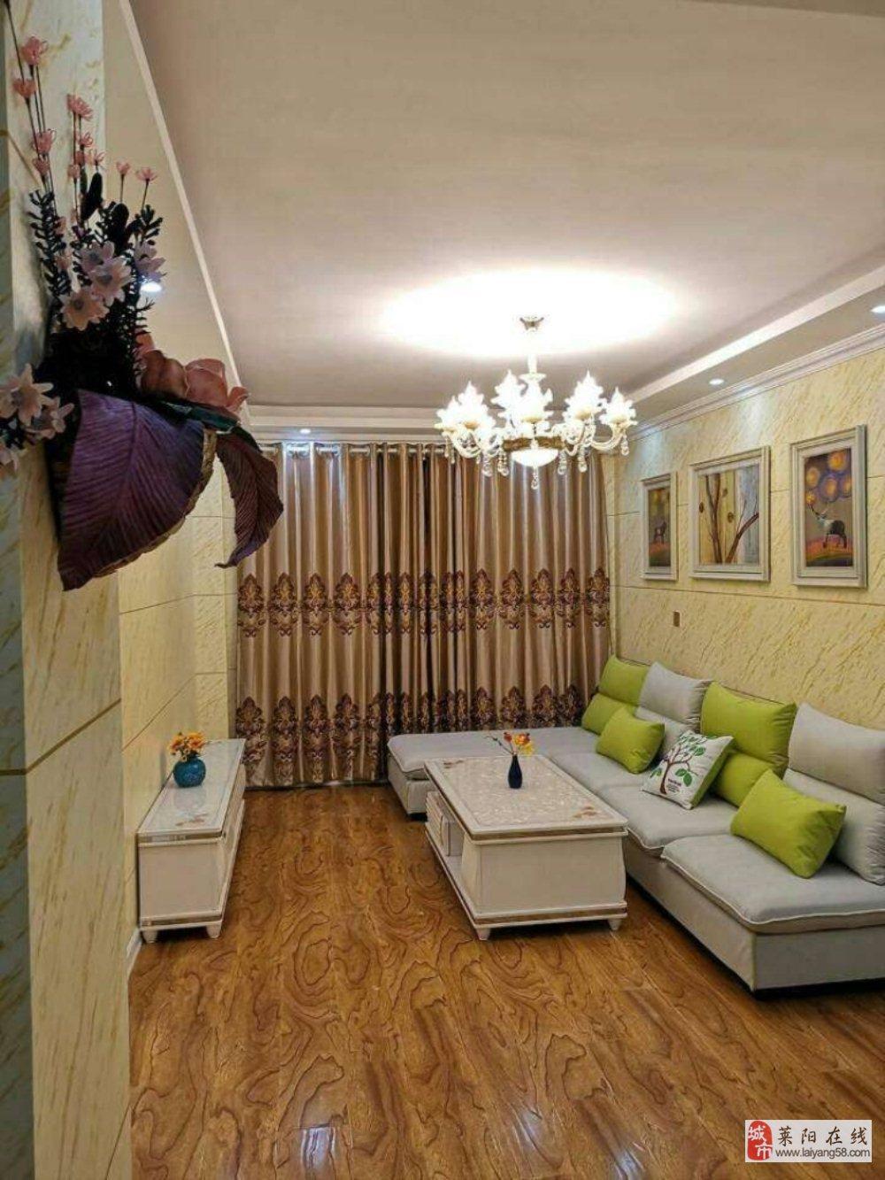 书香门邸精装电梯房99平3室2厅66.8万元
