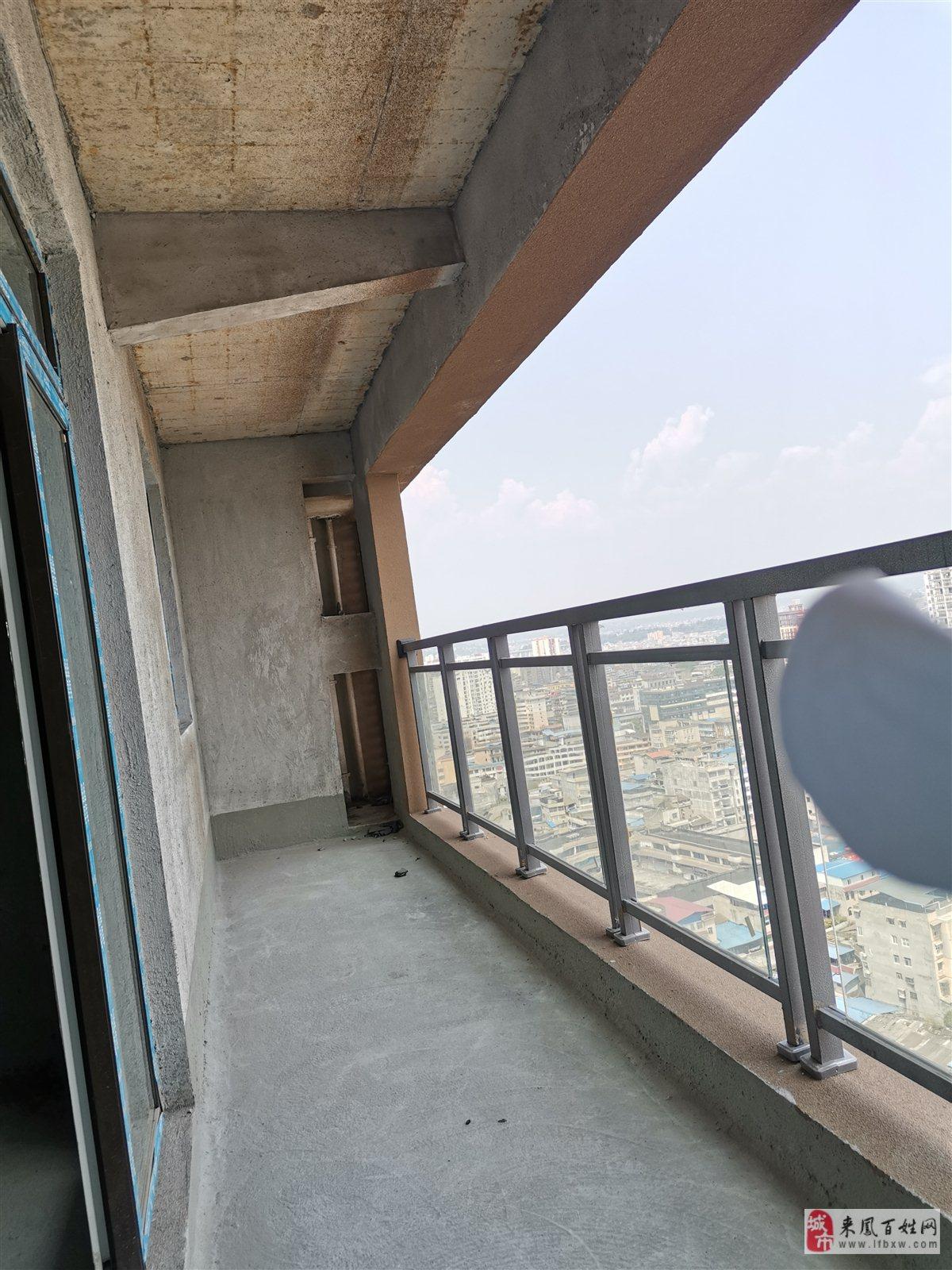同利·星都匯3室2廳2衛高層57萬元