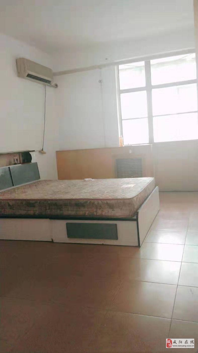 西北二棉第一生活区2室1厅1卫32万元