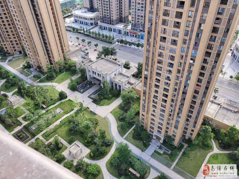 全新小区 凤凰城 邻凤凰华城 带外阳台 标准3室2卫