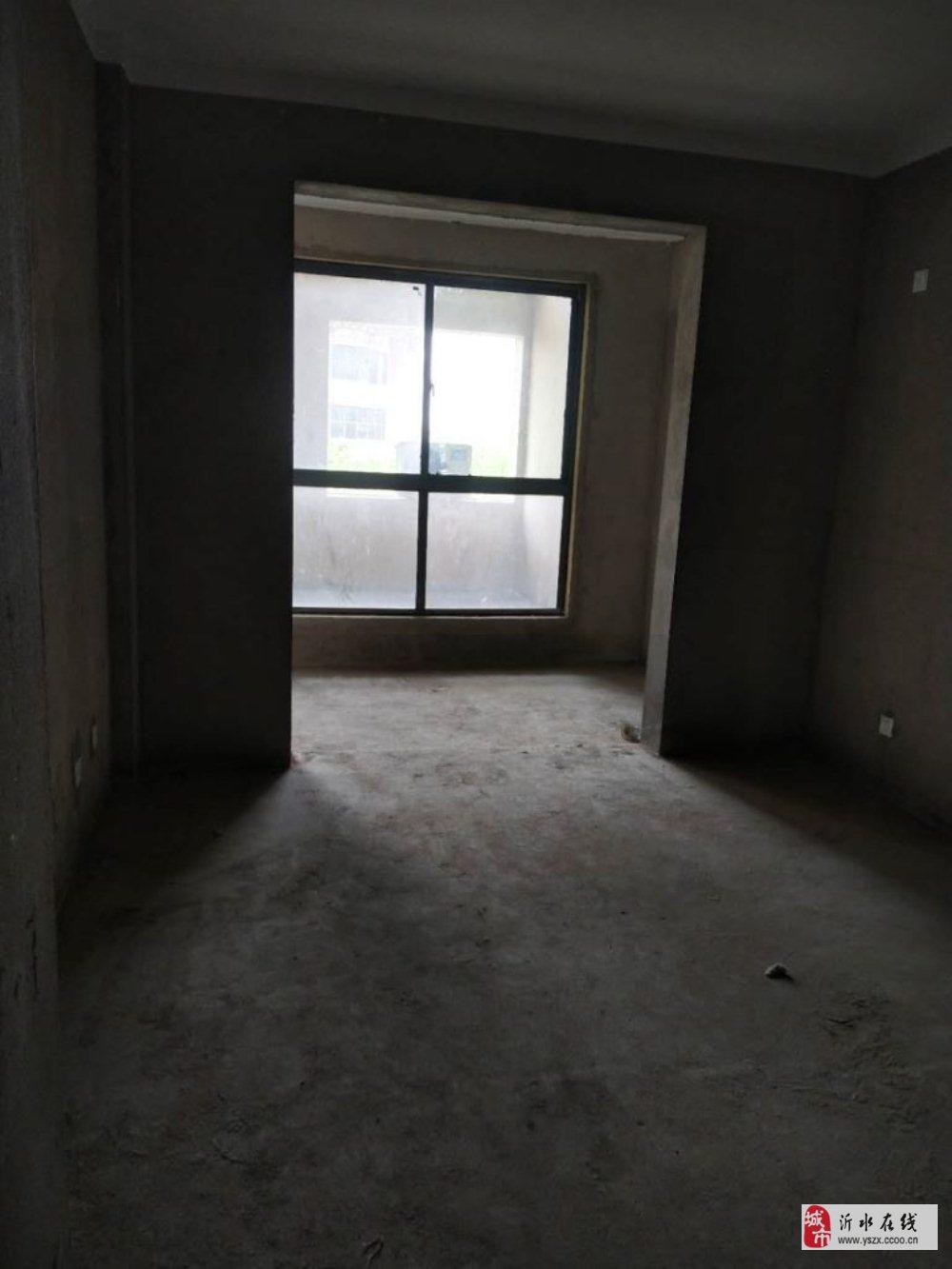盛世豪庭3楼120平3室2厅带地下室