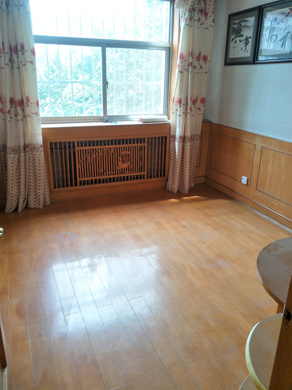 园林小区3室2厅1卫56万元