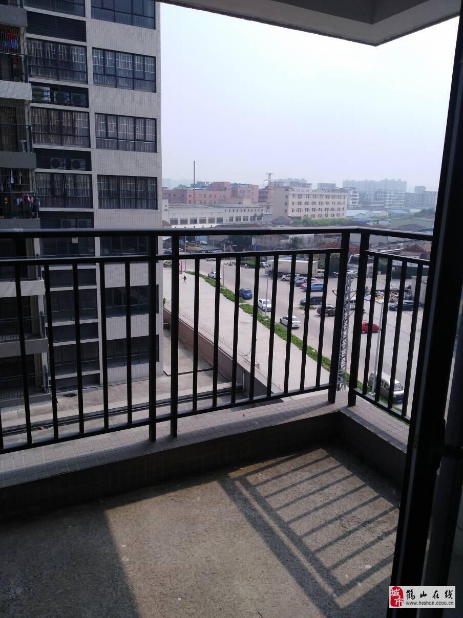 碧水灣3房,電梯中層,急售59萬