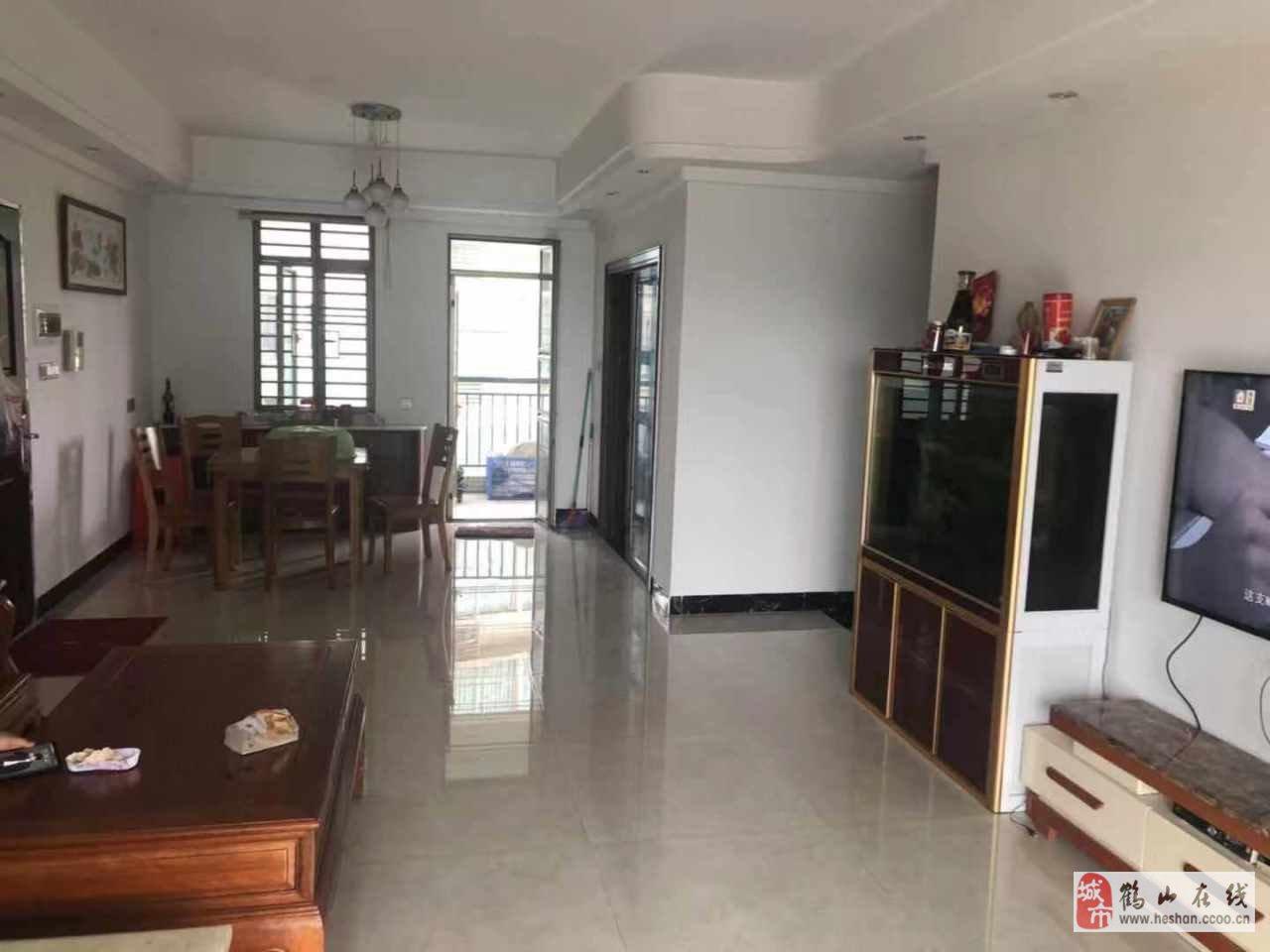 南景灣電梯3房,精裝,單價7200/方,急售