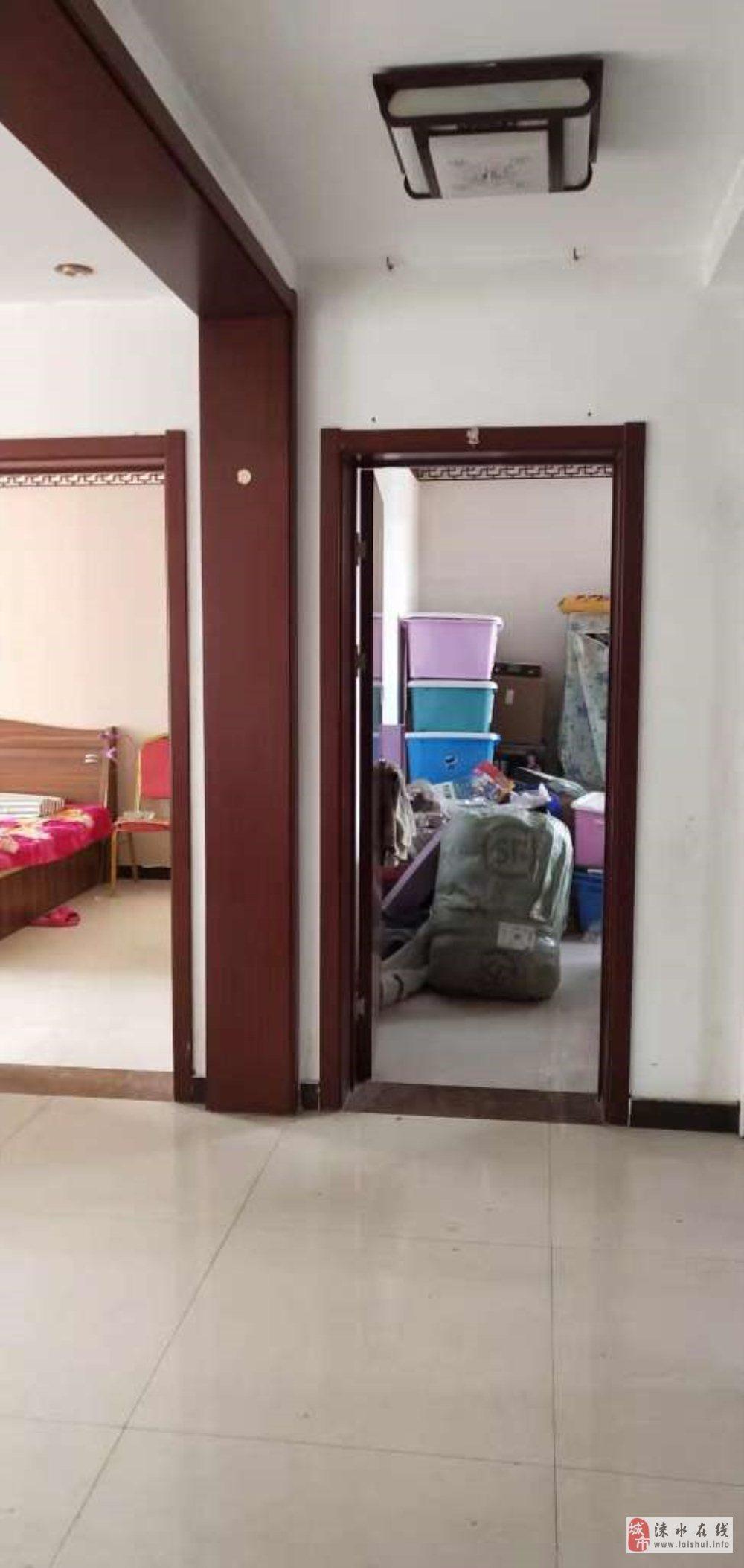 慧时欣园三居室,本满二,单价8300/平,看房随时