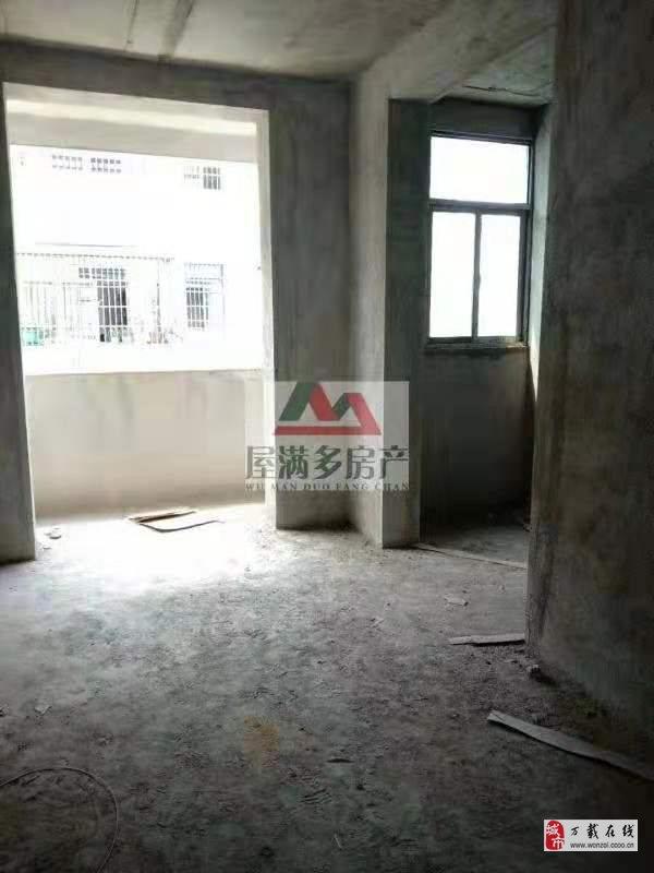 建材市場4室2廳2衛47萬元