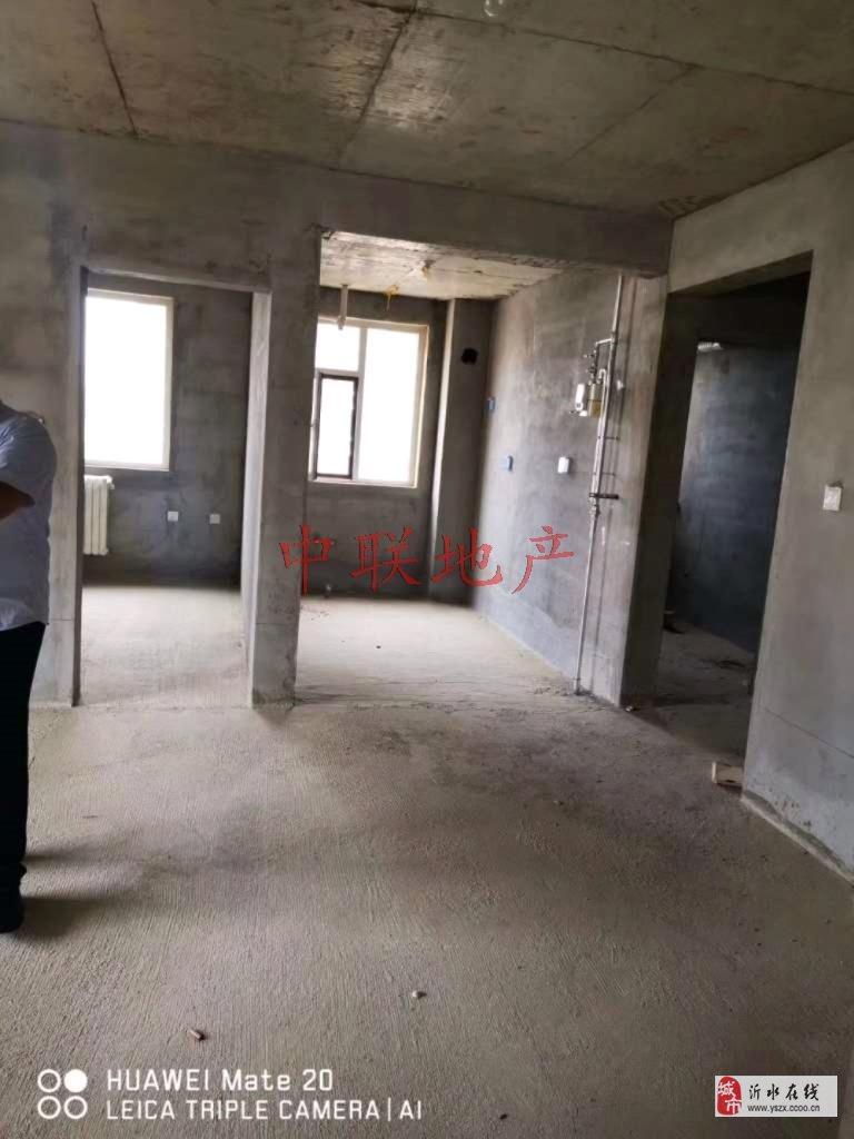 北坛新区3室2厅1卫电梯房带储藏室