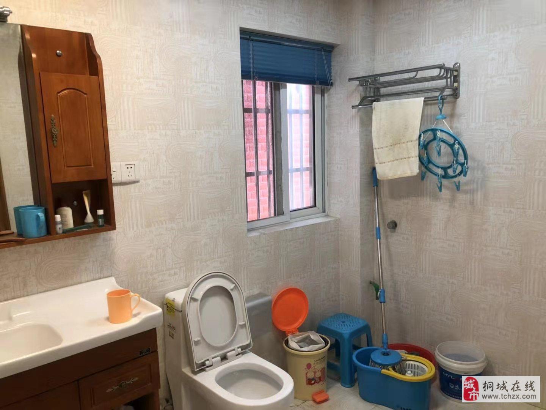 出售桐溪家園精裝房2室2廳1衛45萬元