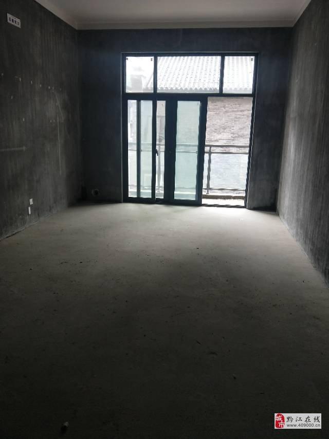 广银·大通豪庭3室2厅2卫52万元