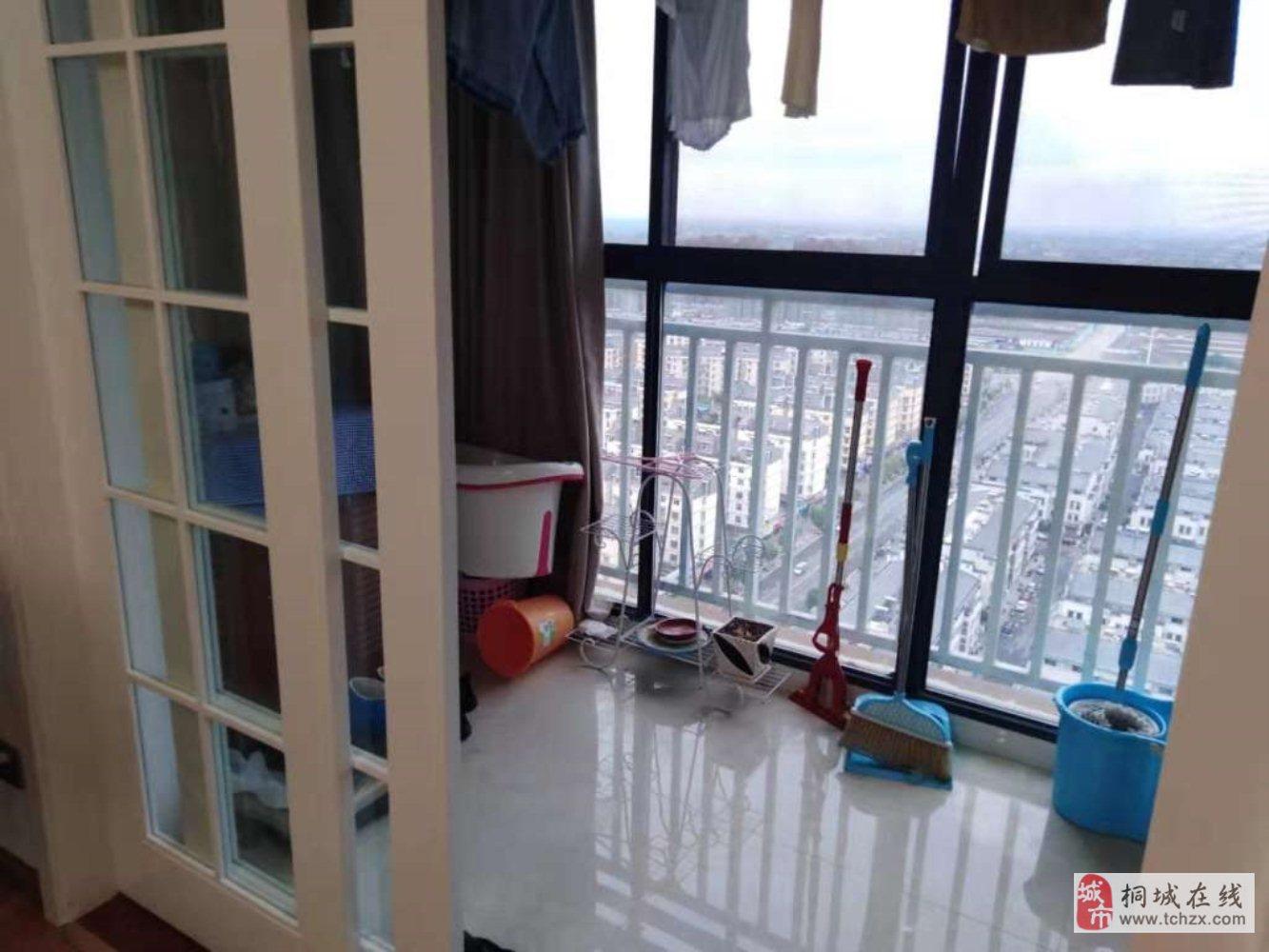 开发区梧桐国际精装三室户型好采光佳观景房