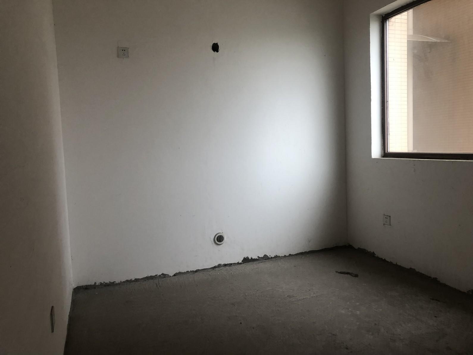 新地.印象欧城3室2厅2卫53.8万元