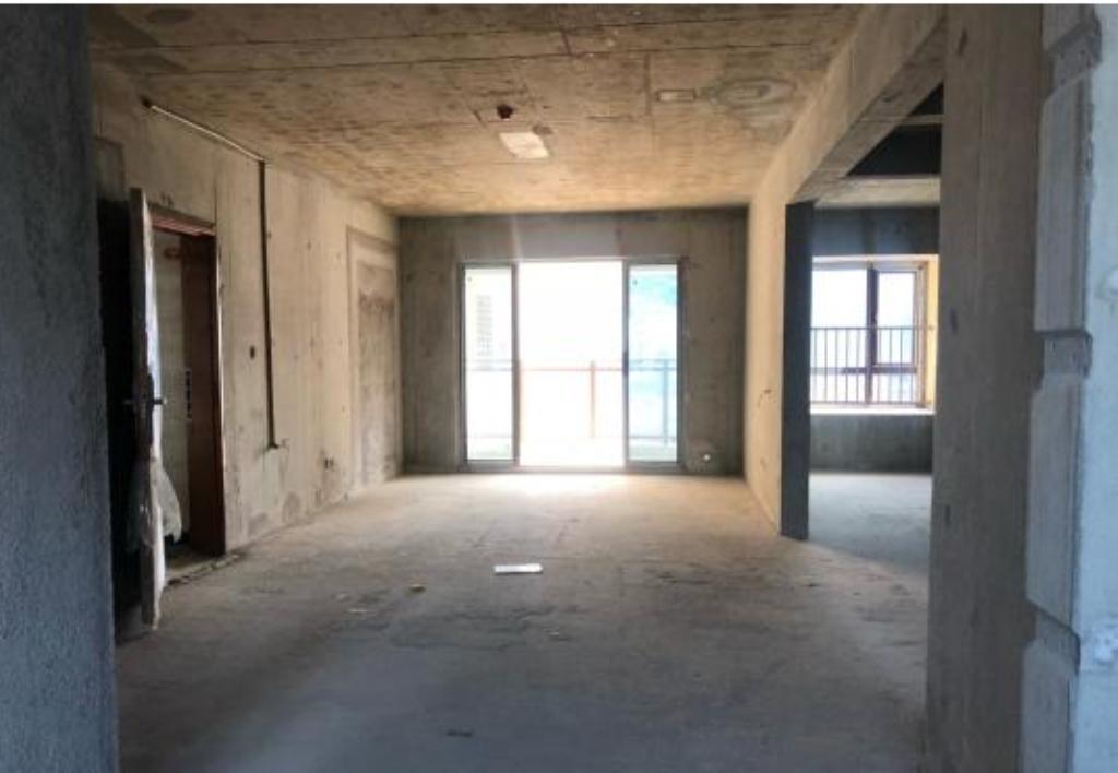 百福豪高楼层3室2厅2卫109平方125万元