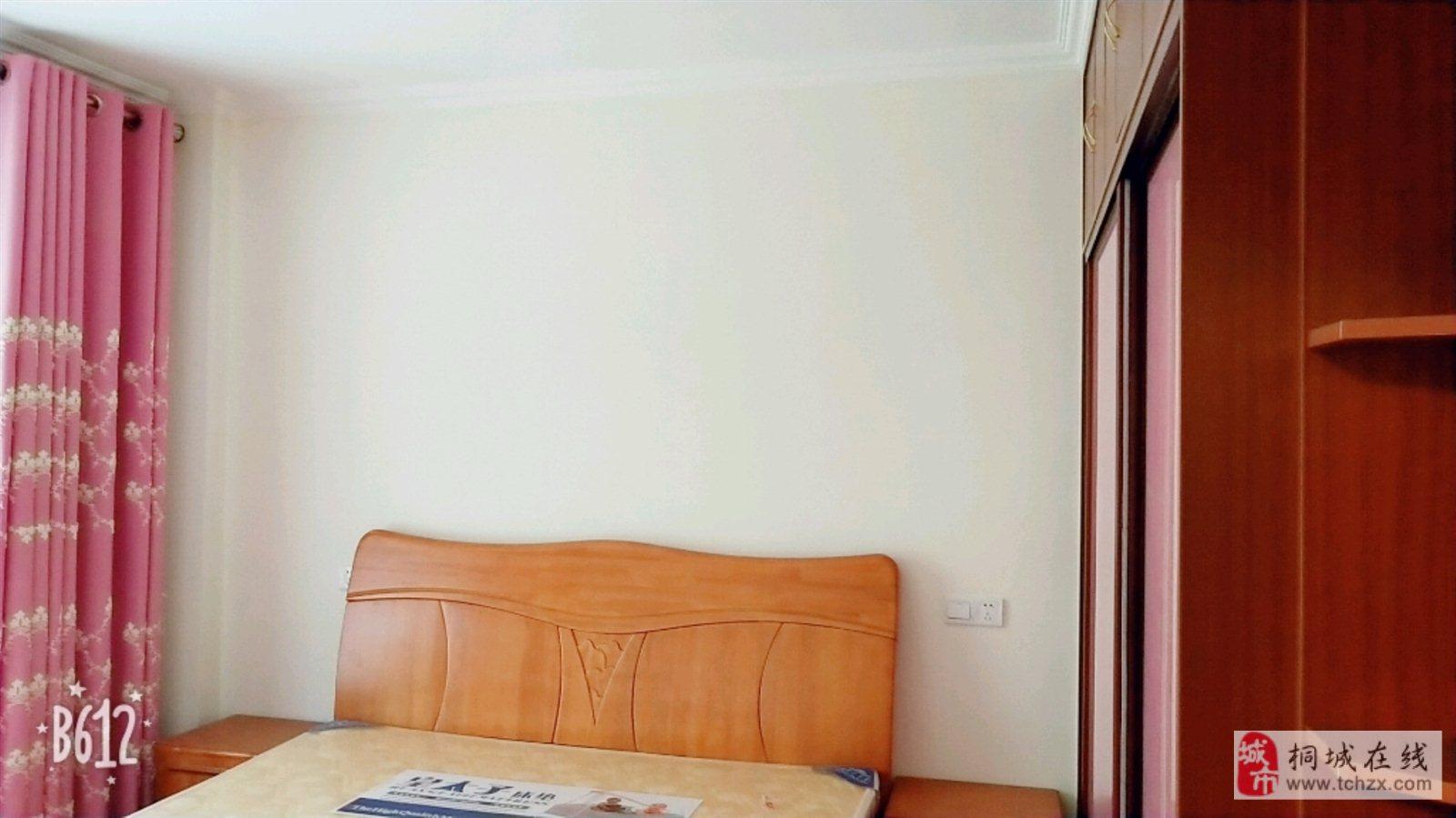 天正香樟园附近供销社宿舍楼三室精装房户型方正交通便