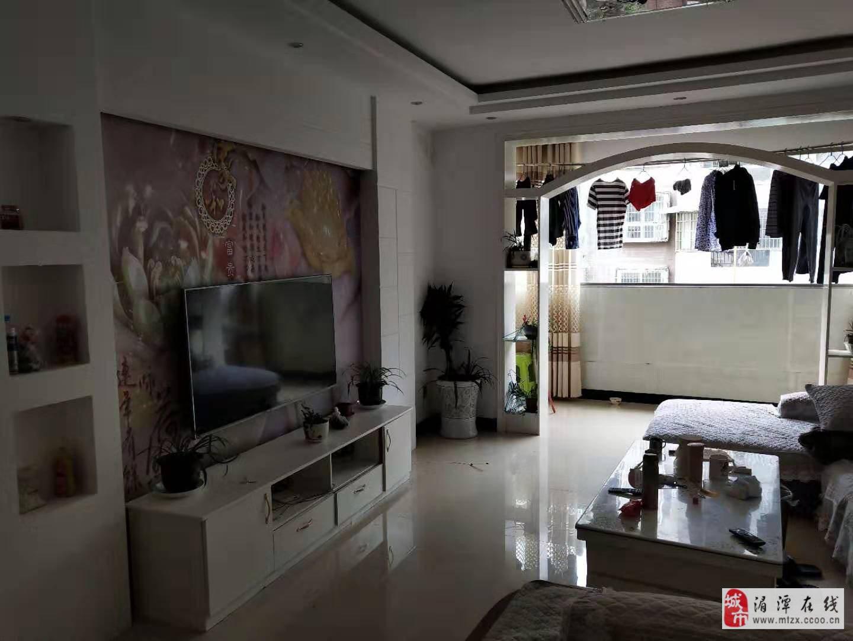 (512)麒龙新城3室2厅2卫步梯低层