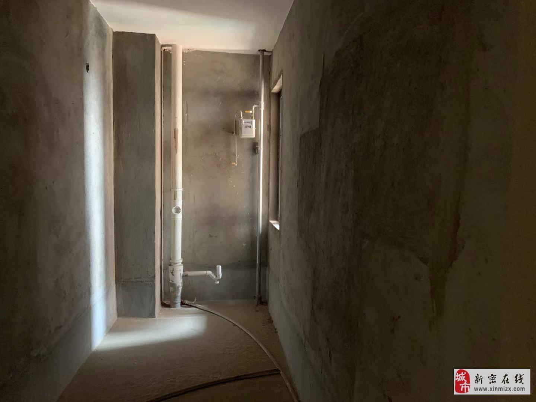 2室1厅1卫58万元毛坯房
