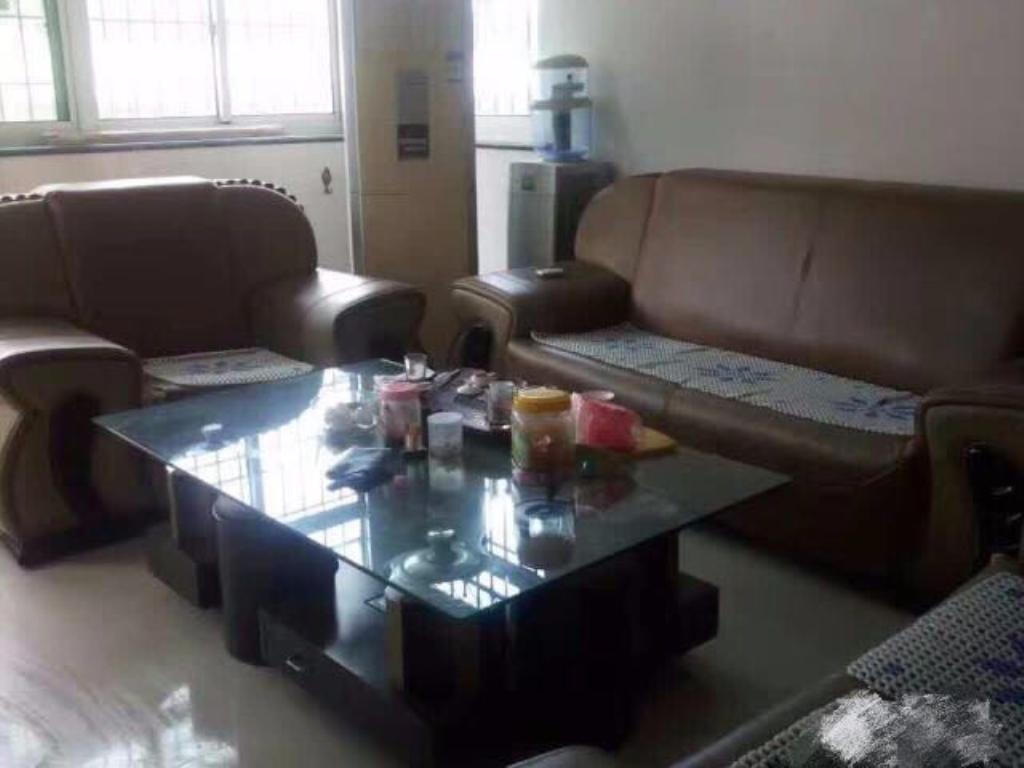 林美花园3室2厅2卫121平方86万元