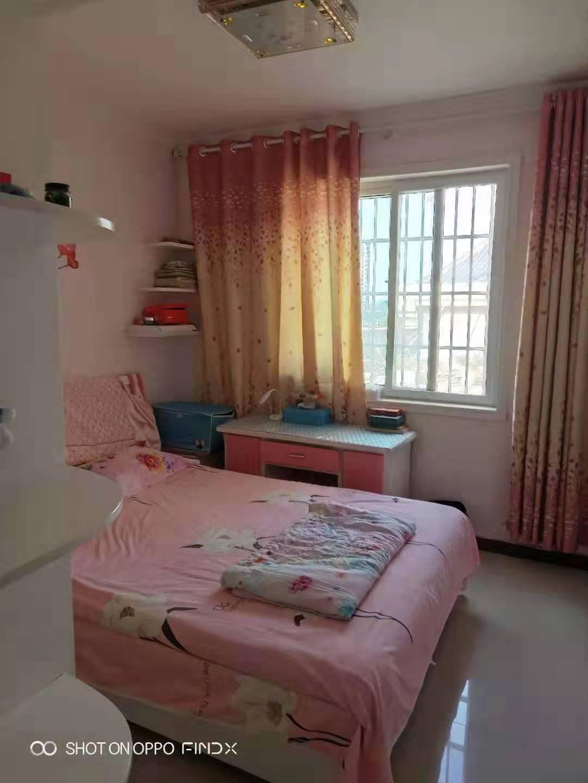 碧水藍天小區(南區)3室2廳1衛97萬元