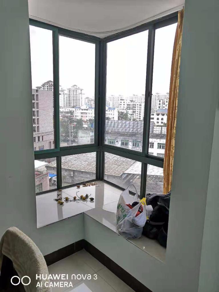 椰海雅苑2室2厅2卫85万元