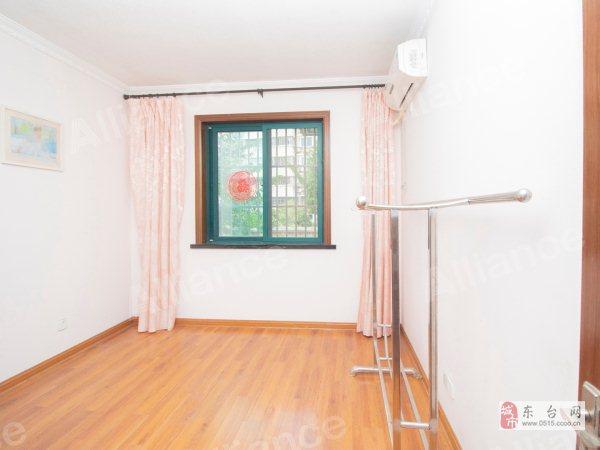 龙晶花园2室养老房精装102万元
