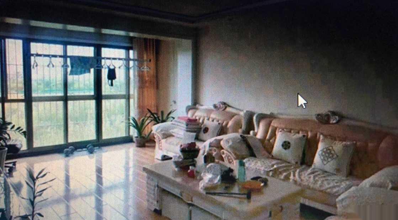 紫轩二期5楼126平3室2厅1卫带地下室急售