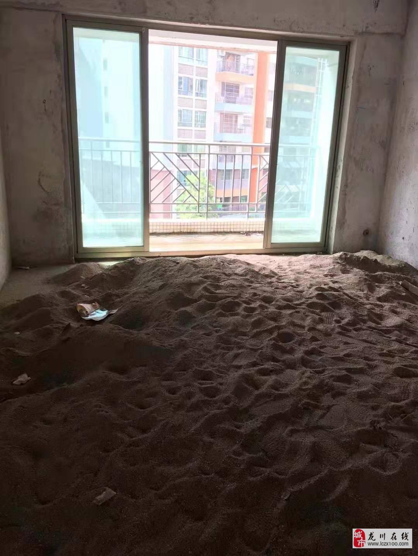 兴泰花园4室2厅2卫74.8万元