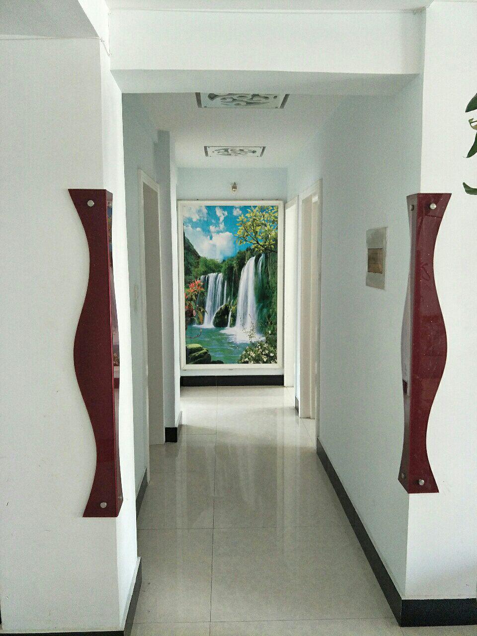 紫轩一期3室2厅1卫中装空房带地下室