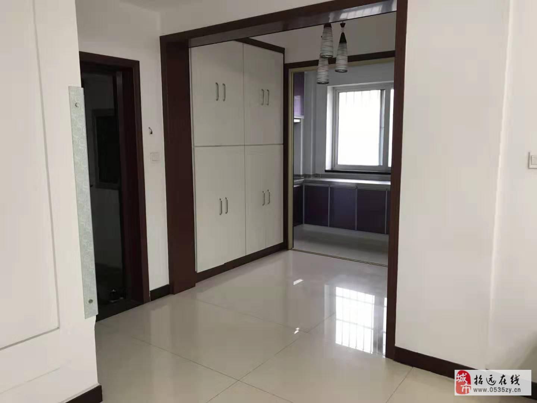 6891福泉苑3楼114.7平精装