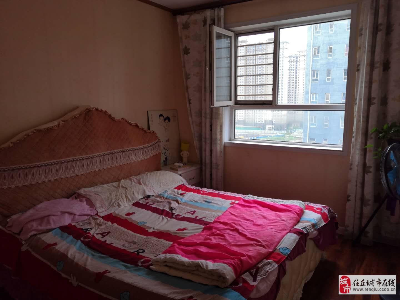 建材小区高层2室2厅2卫带车库120万元