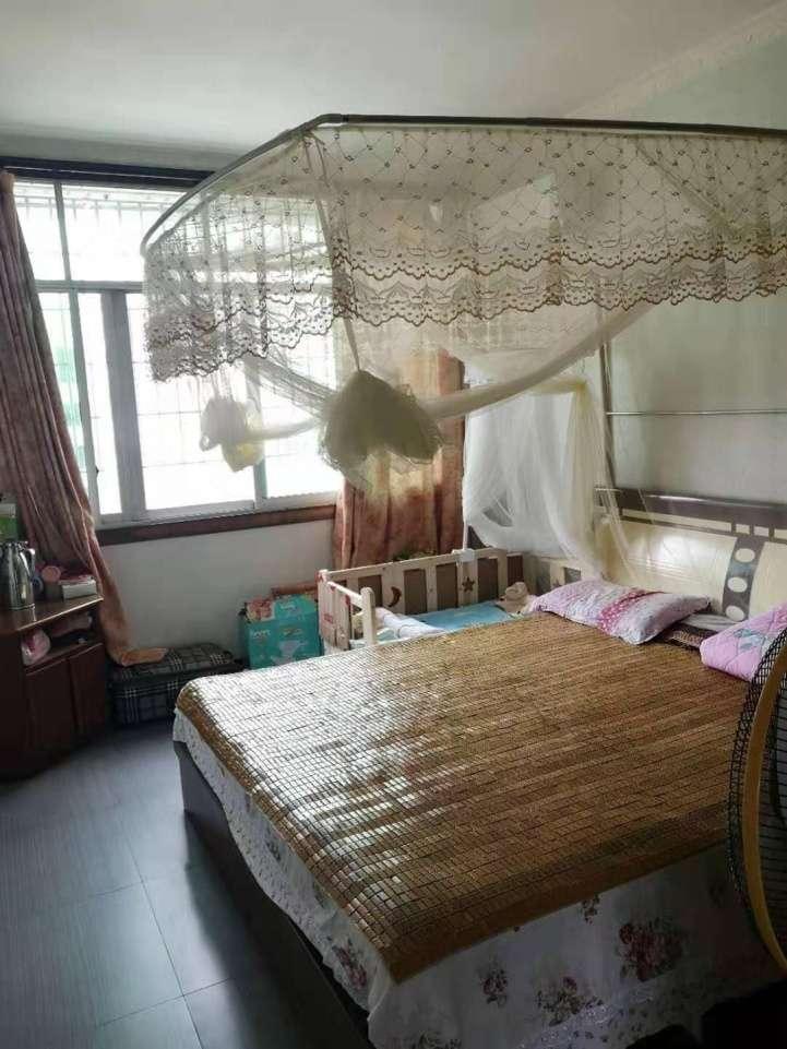 富达路明远宾馆旁3室2厅1卫