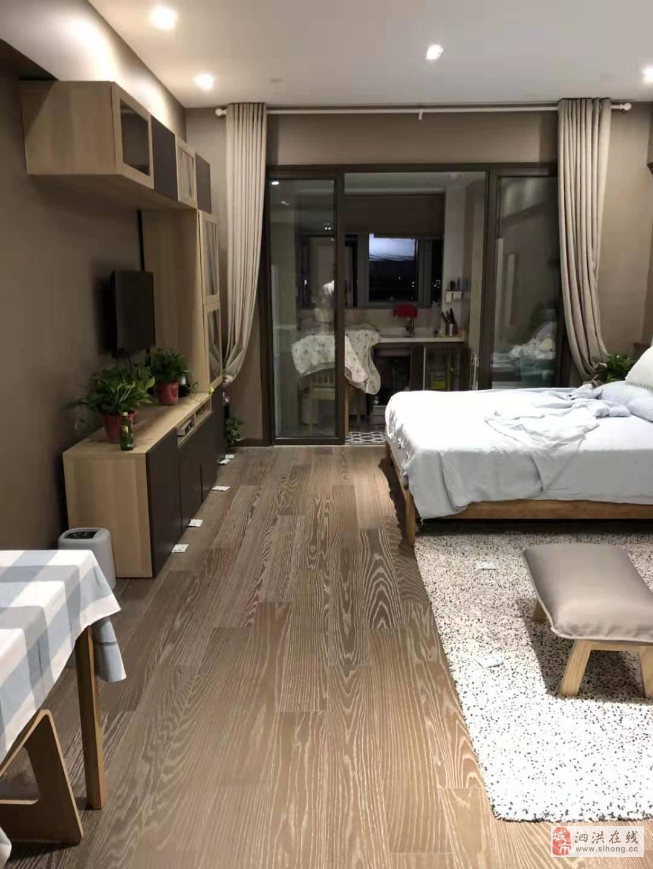 蓝天小区3室2厅2卫90万元