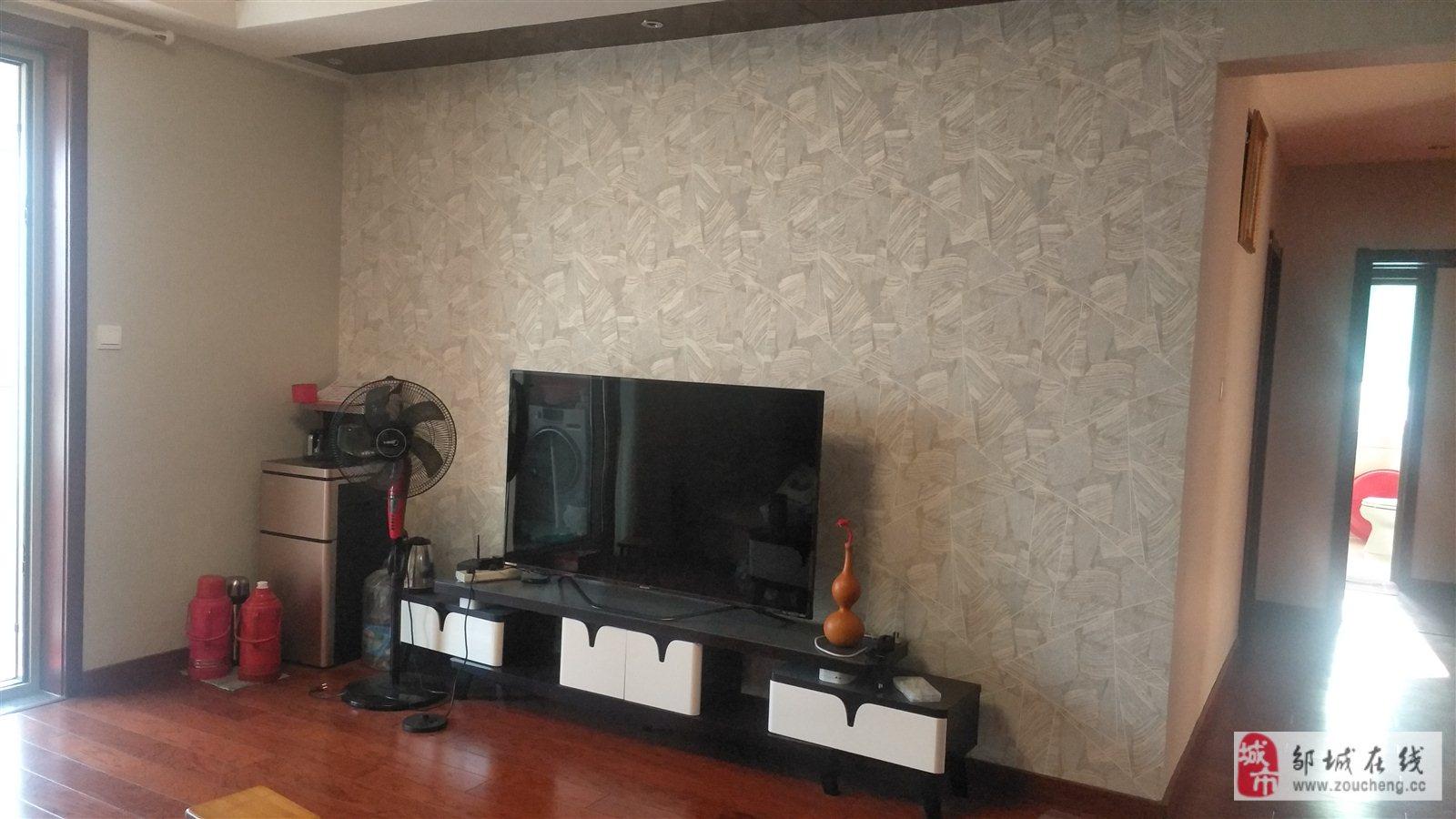 燕京花园3室2厅2卫103万元