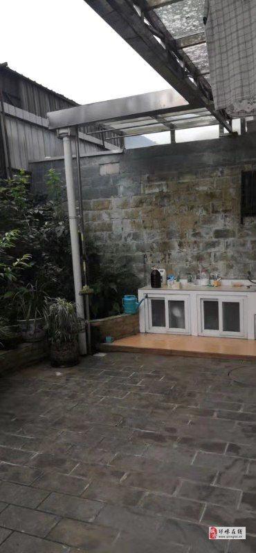 东方丽景1楼套三110平米精装带花园家具家电