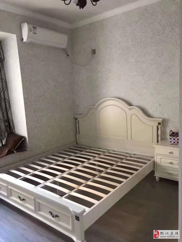 磐石精装现代风格小三室3室2厅1卫喊价52.8万