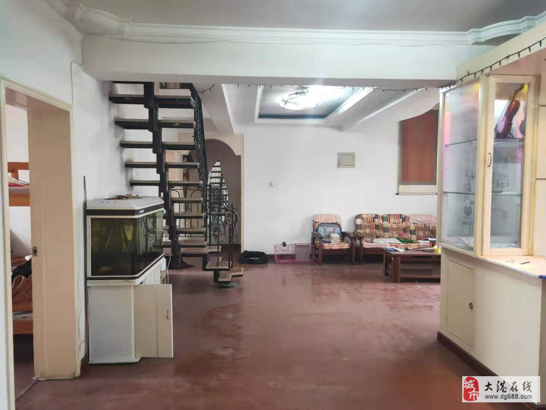 世纪花园3室2厅2卫80平米出售