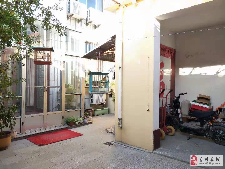 旗城学区房两层带院126平精装3室,双证齐全可按